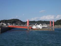 港湾施設(浮桟橋1)