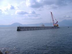 大神漁港(ジャケット式防波堤)
